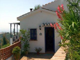 Comfortable 2 bedroom Frigiliana Villa with Internet Access - Frigiliana vacation rentals