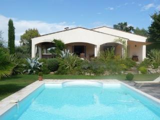 Villa Savana - La Roquette-sur-Siagne vacation rentals