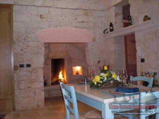 Nice House with A/C and Satellite Or Cable TV - San Michele Salentino vacation rentals