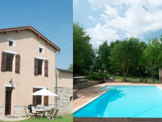Farm house for 9 / Carcassonne, Albi & Toulouse - Castres vacation rentals