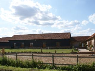 3 bedroom Barn with Internet Access in Maldon - Maldon vacation rentals