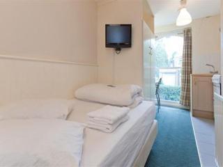 Belsize Park Apartment - London vacation rentals