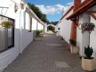 Casa Azul - Mexilhoeira Grande vacation rentals