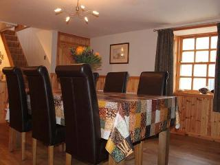 Nice Cottage with Internet Access and Dishwasher - Cullen vacation rentals