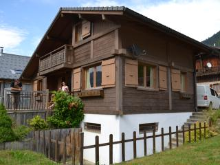 Perfect Chalet with Satellite Or Cable TV and Television - Le Biot vacation rentals