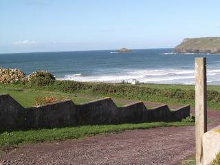 Family Beach House, Tristram Cliff, Polzeath - Polzeath vacation rentals