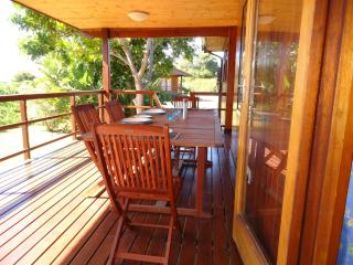 Nice Cottage with Deck and Satellite Or Cable TV - Plettenberg Bay vacation rentals