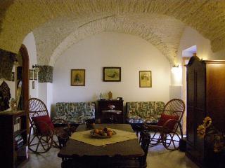 Cozy 2 bedroom House in Stazzo - Stazzo vacation rentals