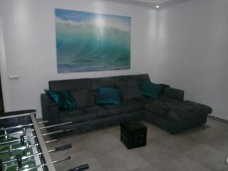 Nice Condo with Internet Access and Dishwasher - Tivoli vacation rentals