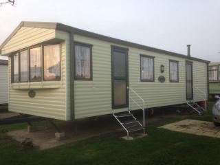 GR28 California Cliffs - Great Yarmouth vacation rentals