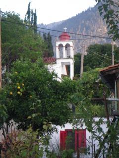 Cozy 2 bedroom Vacation Rental in Kirinthos - Kirinthos vacation rentals