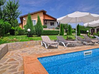 Villa Knox, Sunny Beach *Private pool - Sunny Beach vacation rentals