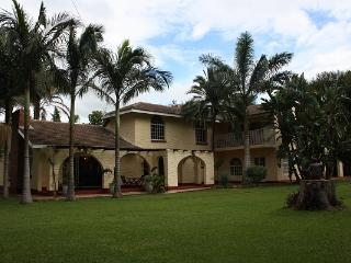 Perfect 8 bedroom Villa in Bulawayo - Bulawayo vacation rentals