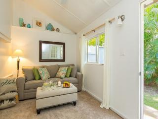 Ke'aloha - Beachside cottage - Honolulu vacation rentals