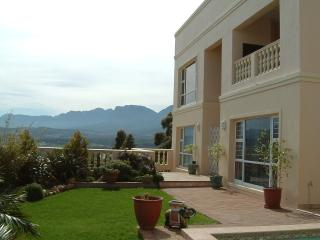 HIGHCLIFFE RIESLING SUITE - Gordon's Bay vacation rentals