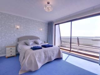 6 Ballard Close - Poole vacation rentals