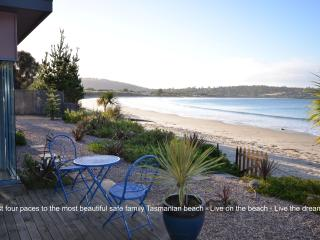 Frogmouth Cottage Live on the most beautiful Beach - Primrose Sands vacation rentals