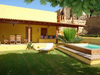 Perfect House with Internet Access and Wireless Internet - Galdar vacation rentals