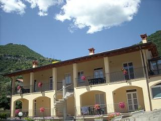 Nice 2 bedroom House in Ossuccio with Deck - Ossuccio vacation rentals