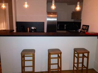 3 bedroom Condo with Internet Access in Rouen - Rouen vacation rentals