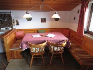 Comfortable Condo with Satellite Or Cable TV and Kettle - Sankt Gilgen vacation rentals