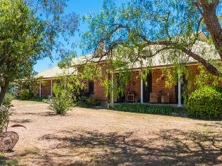 Tinonee Country House, Hunter Valley - Wollombi vacation rentals