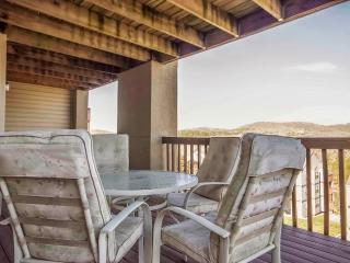 Branson Condo Rental | Eagles Nest | Indian Point | Silver Dollar City | 2-3 Steps (3010604) - Branson vacation rentals