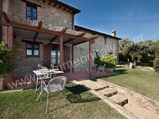 Beautiful 1 bedroom House in Gualdo Cattaneo with Deck - Gualdo Cattaneo vacation rentals