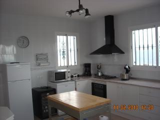 2 bedroom Villa with Dishwasher in Iznate - Iznate vacation rentals