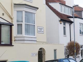 Kenilworth Court Apartment B Ground Floor. - Portsmouth vacation rentals