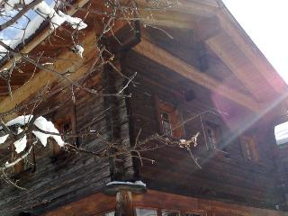2 bedroom Ski chalet with Internet Access in Fiesch in Valais - Fiesch in Valais vacation rentals