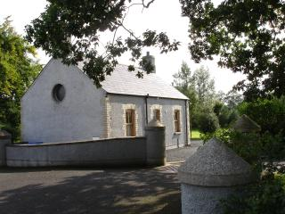 Nice 2 bedroom Cottage in Ballymoney - Ballymoney vacation rentals