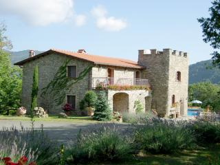 4 bedroom Villa with Internet Access in Licciana Nardi - Licciana Nardi vacation rentals