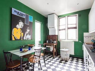 Rue de Rome - Paris vacation rentals
