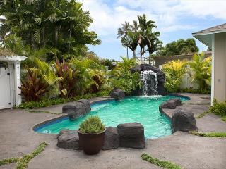 Luxury private home with the convenience of Kailua Beach just steps away. - Kailua vacation rentals