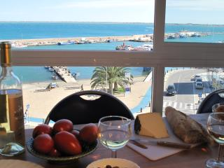 Harbour/waterfront apartment - L'Ampolla vacation rentals