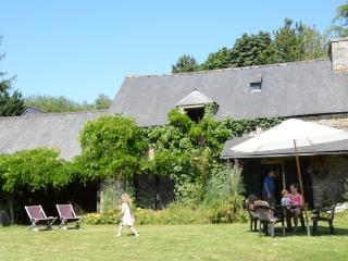 Nice Gite with Internet Access and Swing Set - Plelan-le-Petit vacation rentals