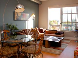 Modern Santana Row Condos - San Francisco Bay Area vacation rentals