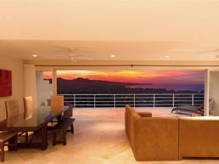 Nice Condo with Internet Access and A/C - Cabo San Lucas vacation rentals