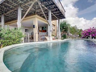 HUGE VILLA WITH THE BEST VIEW IN ALL OF BALI - Ungasan vacation rentals