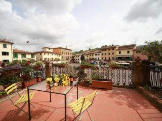 Sunny Apt.in the heart of Chianti ! - Lucolena vacation rentals