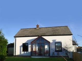 3 bedroom Cottage with Internet Access in Trefin - Trefin vacation rentals