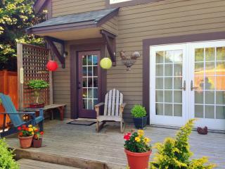 Latona House - Charming Seattle/Green Lake Home! - Manson vacation rentals