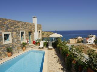 Lovely Villa with Internet Access and A/C - Mokhlos vacation rentals