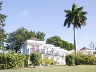 Romantic 1 bedroom Apartment in Exchange - Exchange vacation rentals