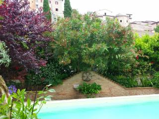 Nice 4 bedroom Bed and Breakfast in Spello - Spello vacation rentals
