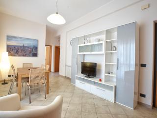 Red apartment - Capo D'orlando vacation rentals