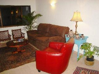 Pretty Central Two Bedroom in the Heart of Merida - Merida vacation rentals