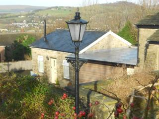 'The Cowshed' - Glossop vacation rentals