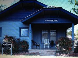 The Westerman House - Buchanan Dam vacation rentals
